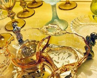 Depression glass, art glass Fenton