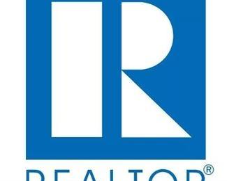Realtor Logo R