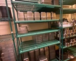 Wire metal shelving unit