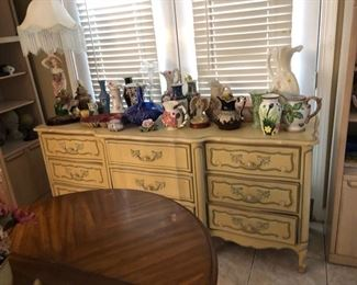 French Provincial Style Dresser $50
