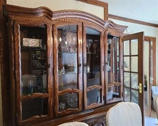Dining Room Hutch & Contents