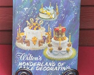 Fabulous cake decorating book. Retro pictures are great! $12.00