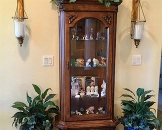 Very Nice Glass & Wood Curio Cabinet with very fine Blue planters flanking.