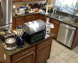 Nice Clean Kitchen items, blender, Toaster oven, & more.