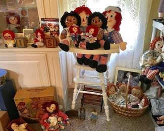 Very well cared for QUALITY Raggedy Ann doll collection.