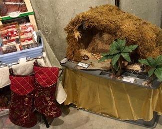 Large Nativity Manger