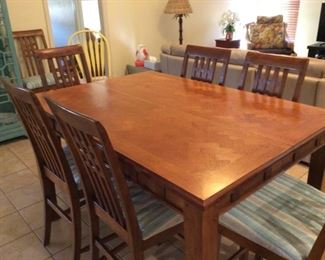 High-top table w/ 8 chairs & leaf