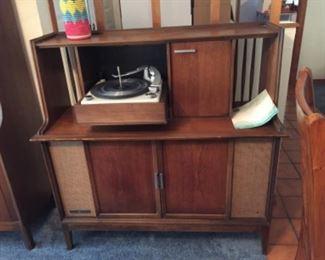 GE vintage record player
