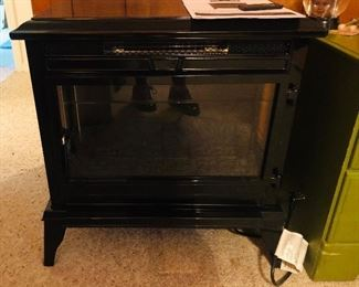 Colonial electric heater