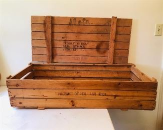 1960's piggly wiggly crate