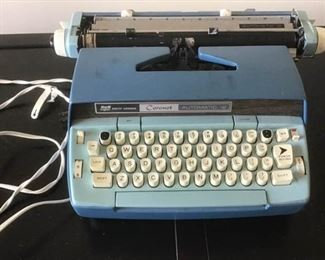 Smith Corona Coronet Typewriter