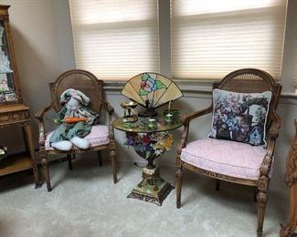 Tables & home decor
