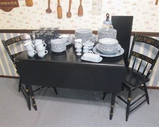 Hitchcock Style Dinette Table with 2 Chairs