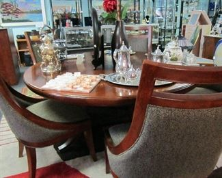 American Drew round table - very heavy chairs