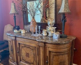 Dining room furniture, lamps, large room mirror