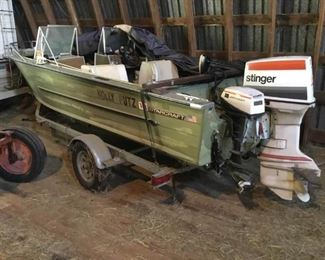 Starcraft Boat with Johnson Stinger Outboard