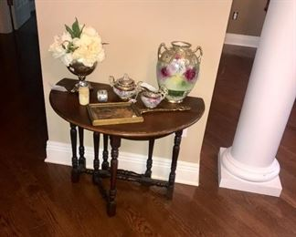 Gate Leg Table with more Nippon