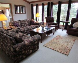 Welcome to this Beautiful North Canton home filled with quality furnishings. See the following pictures for details and prices of the items for sale...