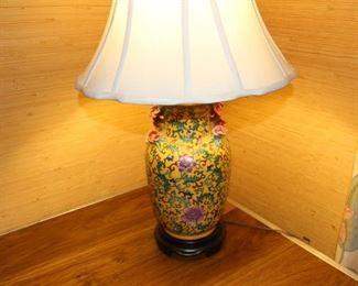 Excellent condition cloisonné style lamp