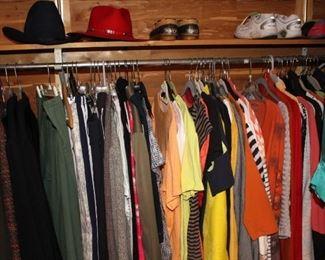 Still 100s of ladies clothes