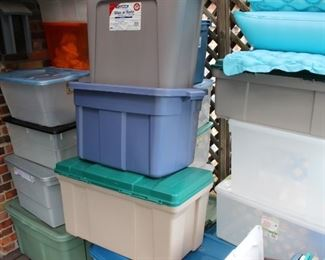 Tubs, plastic tubs, lidded, more