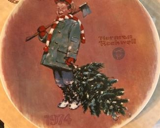 Knowles 1974-1985 Norman Rockwell Christmas
