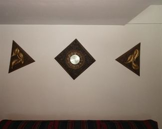 Wall hanging's and Clock