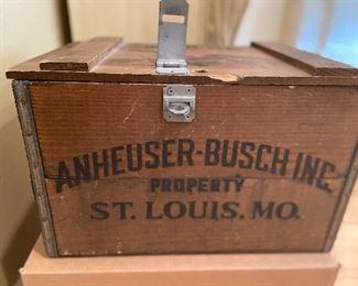 Vintage wooden box Anheuser - Bush