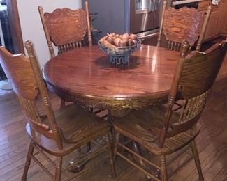 Oak Ball and Claw Foot Table with Extra Leaf and 4 Chairs