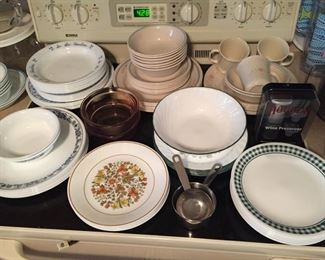 Assorted Corelle Dishes