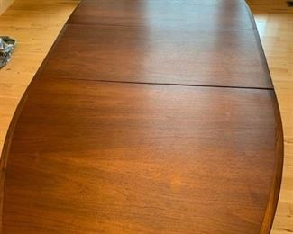 004 Contemporary Dining Room Table