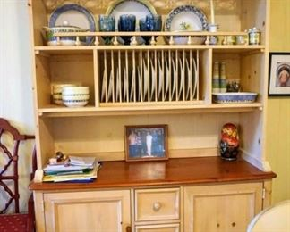 China Cabinet great in kitchen or anywhere