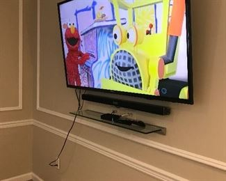 "Samsung 60"" Smart TV & Sound Bar $400"