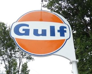 VIEW 2 CLOSE UP CLEAN PORC. GULF SIGN