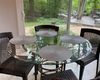 Breakfast Table  4 Chairs