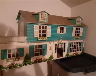vintage metal doll house with furniture