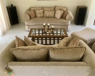 GORGEOUS Honey to Pale Gold Chenille Serpentine Sofa, Loveseat, Chair with Ottoman  New with Tags!!!