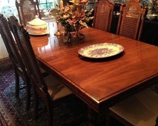 This 2036 sq. ft. garden home has 4000 sq feet of merchandise. Lovely dining table - total of 8 chairs