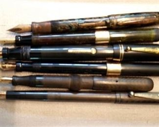 4. Group Lot of Six 6 Vintage Fountain Pens with Gold Nibs
