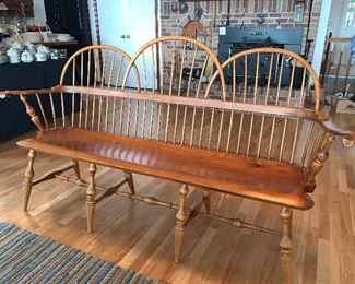 D.R. Dimes Three Bow Loveseat Windsor Bench   Gorgeous!