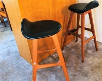Mobler bar stools