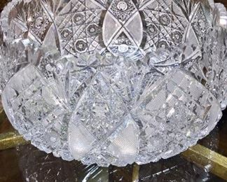Gorgeous Vintage Lg Cut Glass Bowl
