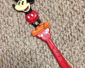 Walt Disney World Mickey Mouse Back Scratcher