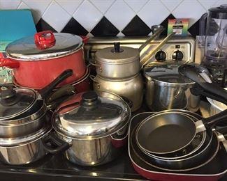 Assorted Pots/Pans