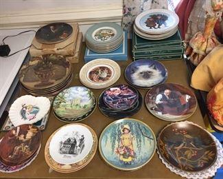 Collectible/Avon Plates