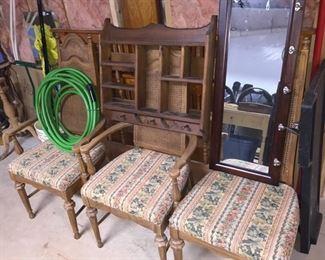 Chairs, Hose, Shelf/Rack, Mirror