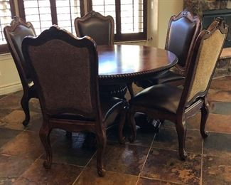 """Norwood Round Dining Table w 5 Chairs and Extensions 57"""" Round + 10"""" w Extensions"""