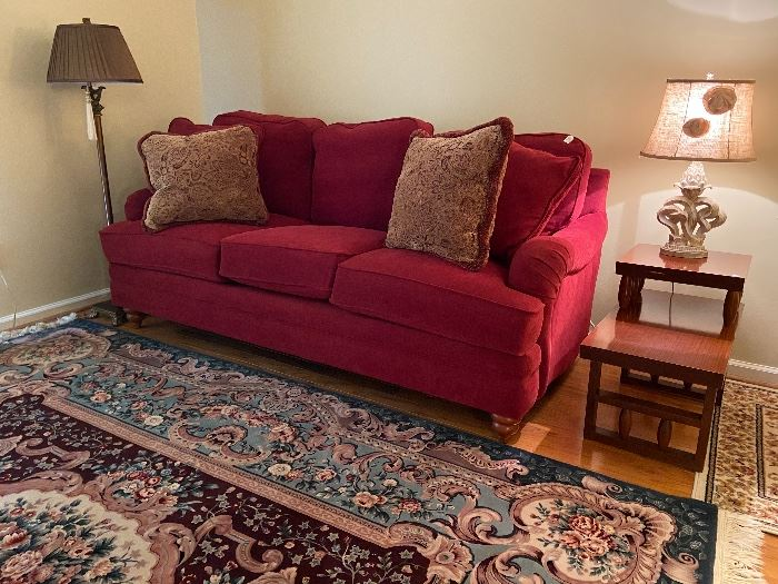 Like New! Lay Z Boy sofa, beautiful cranberry red. lamps and side table.