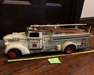 OF1   Die Cast Promotions Ford Firetruck 1:16 Scale $70