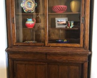 Great Lighted Klaussner Hutch w Sliding Display Door and Plenty of Storage